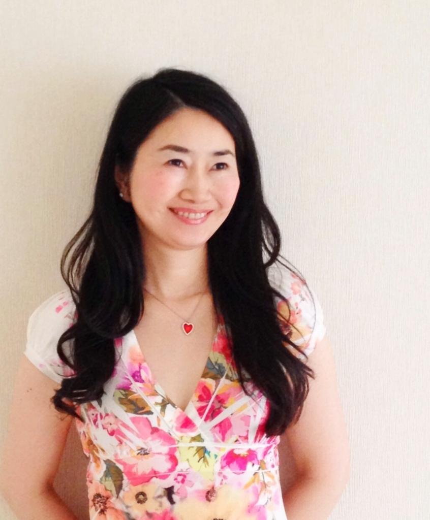 大阪 女性 催眠術師